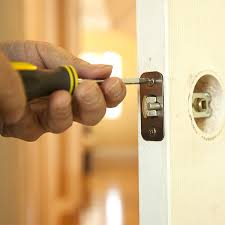 Qualifications to Check for Before Hiring Local Locksmiths in New Rochelle